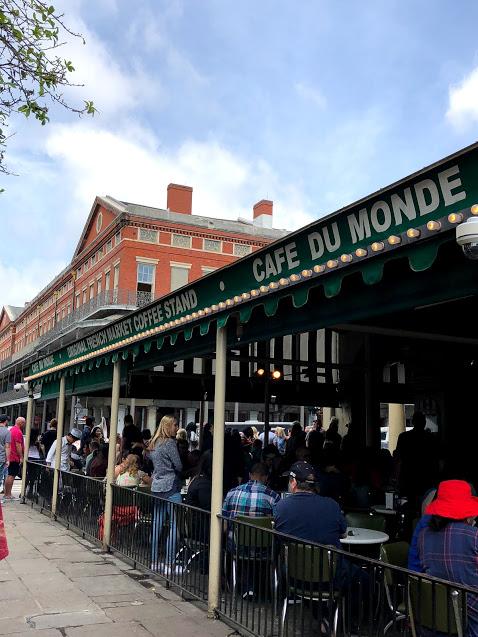 Cafe Du Monde NOLA exterior